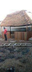 Construction de paillote artisanale