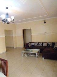 Location appartement 4 pièces meubles - Yaoundé Omnisport