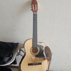 Guitare classique - acoustique