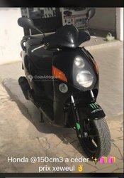 Moto Honda Nes 2021