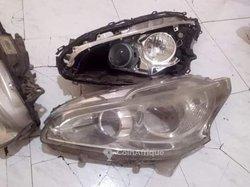 Nettoyage phare automobile