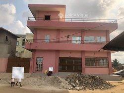 Vente Immeuble locatif R+1 - Ste Rita
