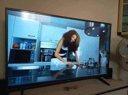 TV LG LED et Smart