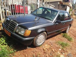 Mercedes-Benz 230 1987