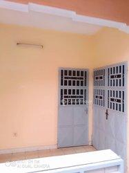 Location appartement 3 pièces - Kondengui.