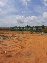 Terrain 4096 m² - Zone 4