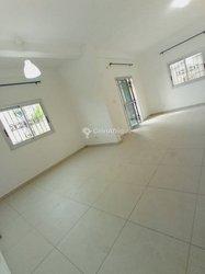 Location appartement 3 pièces - Logbessou