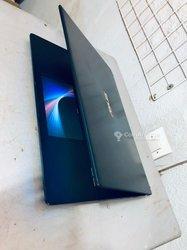PC Asus Zenbook core i7