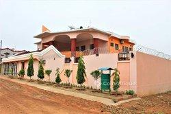 Location villa duplex 6 pièces - Ouaga 2000
