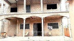 Vente villa duplex inachevé 8 pièces - Ouaga 2000