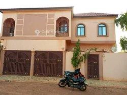 Location villa duplex 6 pièces - Ouaga 2000 Cité Azimmo