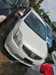 Nissan Santra 2010