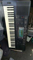 Piano Yamaha PSR 730
