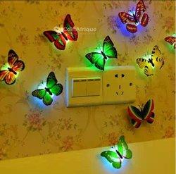 Papillons de décoration