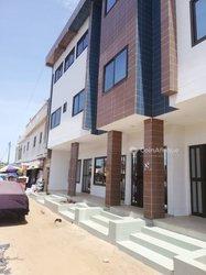 Location immeuble R+2 - Lomé Avedji