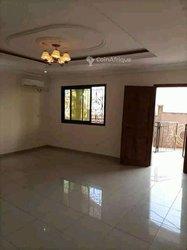 Location appartement 3 pièces - Mendong