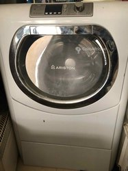 Machine à laver 11,5 kg Ariston