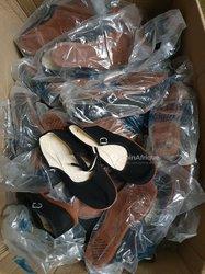 Chaussures pour petites filles