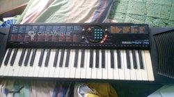 Piano Yamaha PS 75