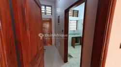 Location appartement 3 pièces -  Akogbato