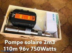Pompe immergée solaire