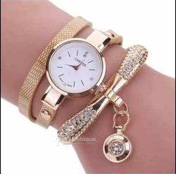 Montre + bracelets femme