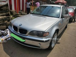 BMW Série 3  2005