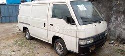 Nissan Urvan 1999