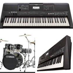 Piano  Yamaha psre463