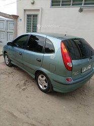 Nissan Tino 2003