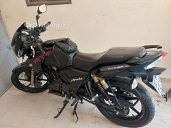 Moto TVS Apache 2020