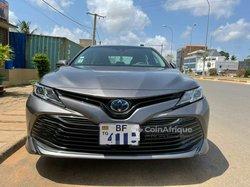Location Toyota Camry 2020