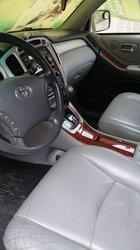 Location Toyota Highlander