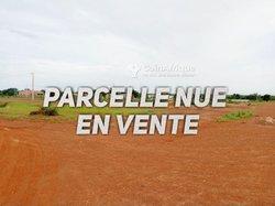 Terrain 250 m² - Rayongo