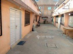 Vente Maison locative 434 m² - Kouhounou