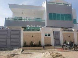 Vente Villa 7 Pièces 475 m² - Cotonou