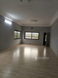 Location Appartement 4 pièces - Akpakpa Sègbèya