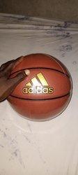 Ballon de basket Adidas