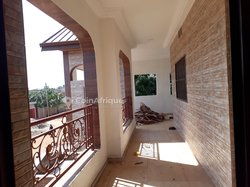Location villa 5 pièces - Kegue