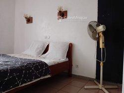 Location appartement meublé 3 pièces - Yaoundé Omnisport