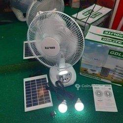 Ventilateur solaire rechargeable + 2 lampes