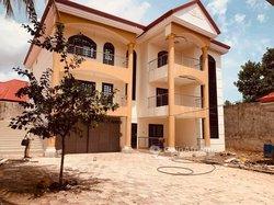Vente Villa 09 Pièces - Conakry
