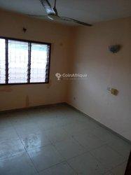 Location Appartement 4 Pièces - Étoile rouge