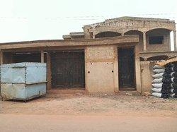 Vente villa duplex inachevée 5 pièces - Ouagadougou