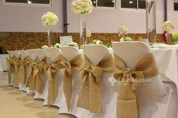 Service de décoration de chaises - tables - traiteur