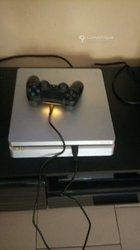 Console PS4 slim