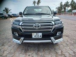 Toyota Land Cruiser LC 200 2015