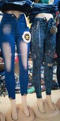 Jupe et pantalon en jeans