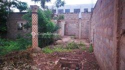 Vente villa inachevée  à Agoe 2lions