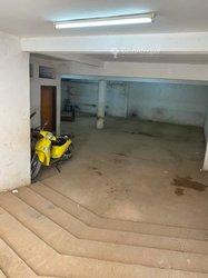 Location bureaux & commerces 1000  - Mbao